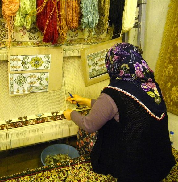 Carpet Weaver in Izmir