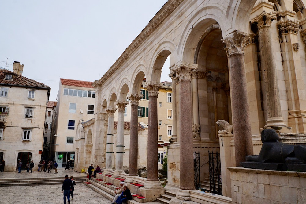 Columns, Diocletian Palace